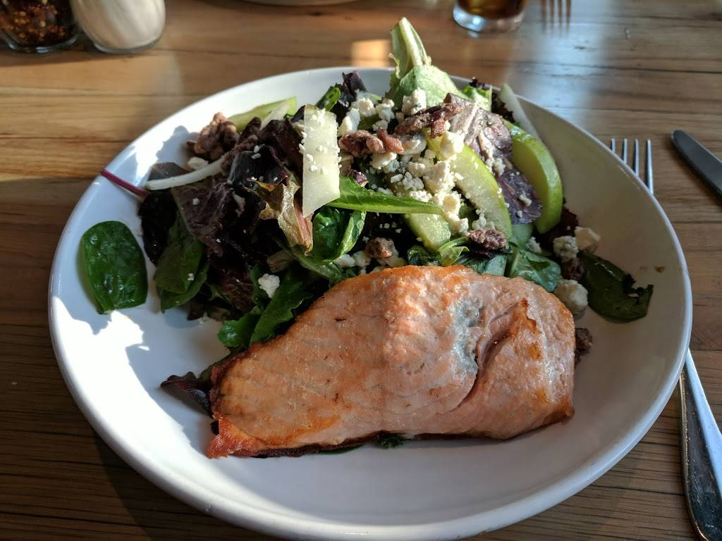 Matchbox Vintage Pizza Bistro | restaurant | Potomac Mills, 2706 Potomac Mills Cir, Woodbridge, VA 22192, USA | 7039103167 OR +1 703-910-3167