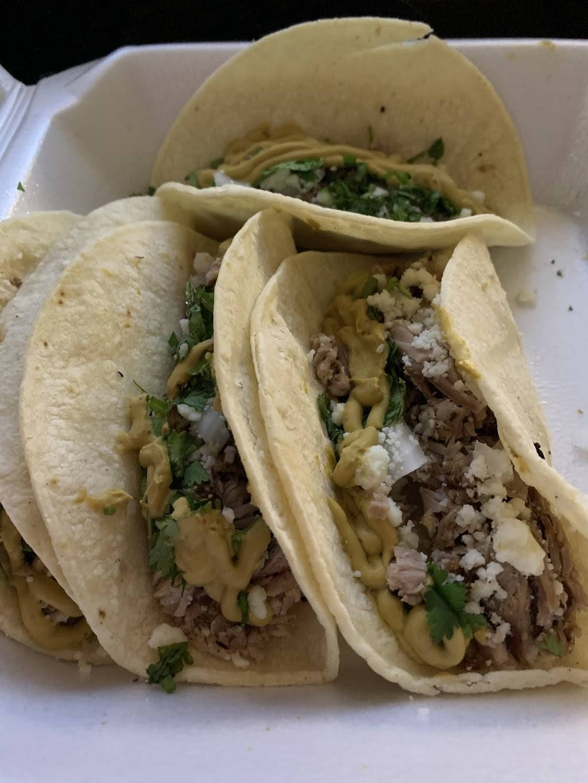 Springridge Market | restaurant | 9545 Springridge-Texas Line Rd, Keithville, LA 71047, USA | 3187754057 OR +1 318-775-4057