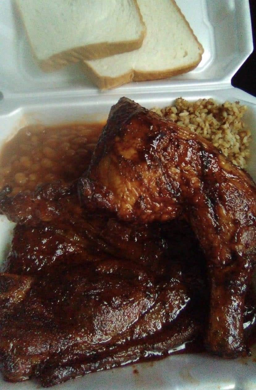 Tony's Roll N Smoke BBQ And Catering   restaurant   208 Church Alley, New Iberia, LA 70563, USA   3373805791 OR +1 337-380-5791