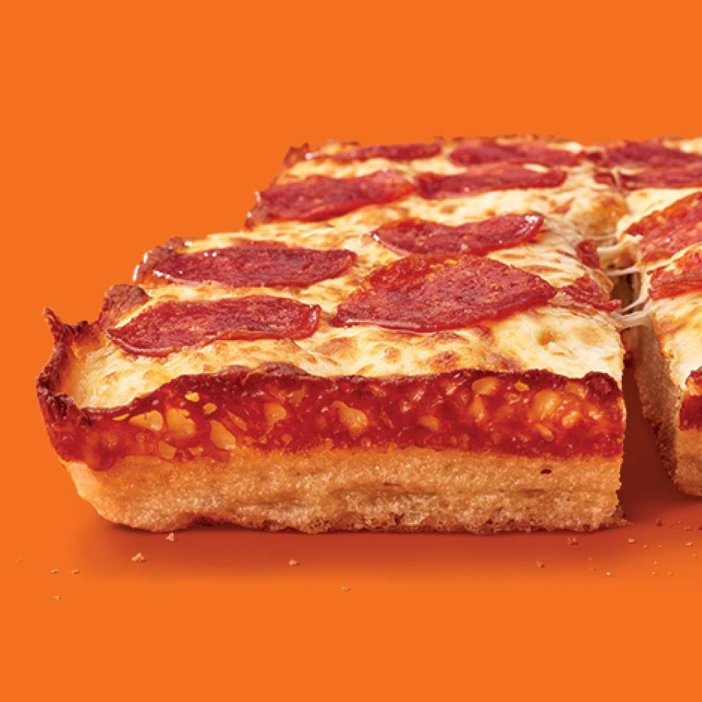 Little Caesars Pizza | meal takeaway | 1077 N Service Rd, Mississauga, ON L4Y 1A6, Canada | 9058977400 OR +1 905-897-7400