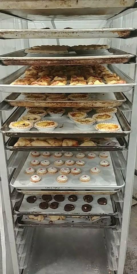 Fenwick Pie Co. | bakery | 1410 Balfour St, Fenwick, ON L0S 1C0, Canada | 9058921289 OR +1 905-892-1289