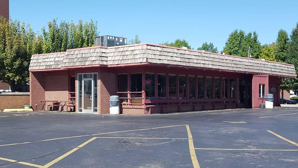 Burger King | restaurant | 1508 Charleston Ave, Mattoon, IL 61938, USA | 2172348122 OR +1 217-234-8122