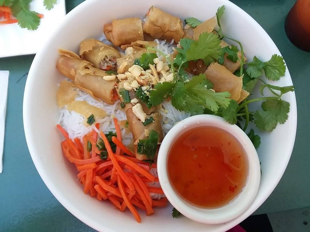 Super Super Pho   restaurant   1428 San Pablo Ave, Berkeley, CA 94702, USA   5105597759 OR +1 510-559-7759