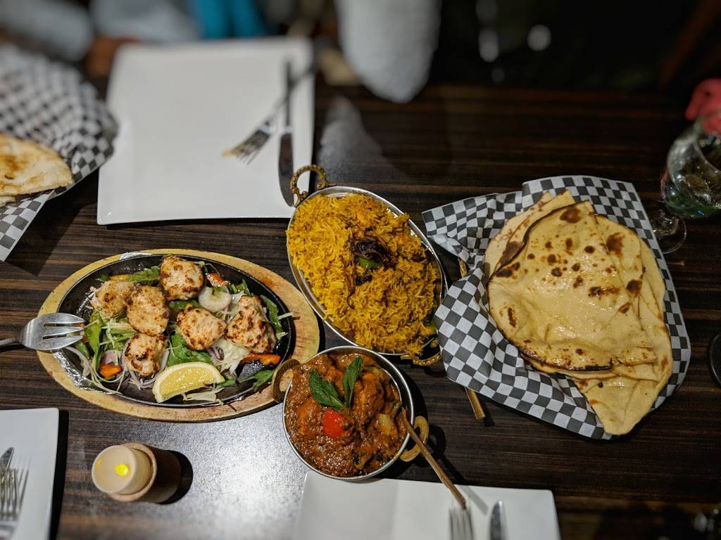 Diwa Classic Indian Cuisine | restaurant | 336 Speedvale Ave W, Guelph, ON N1H 7M7, Canada | 5198269711 OR +1 519-826-9711