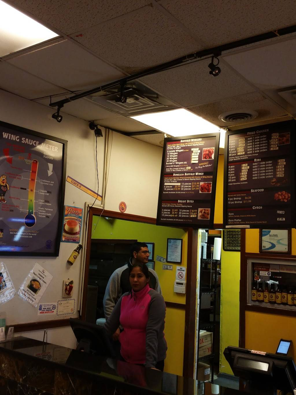 Cluck-U-Chicken | meal takeaway | 586 West Side Ave, Jersey City, NJ 07304, USA | 2019462222 OR +1 201-946-2222