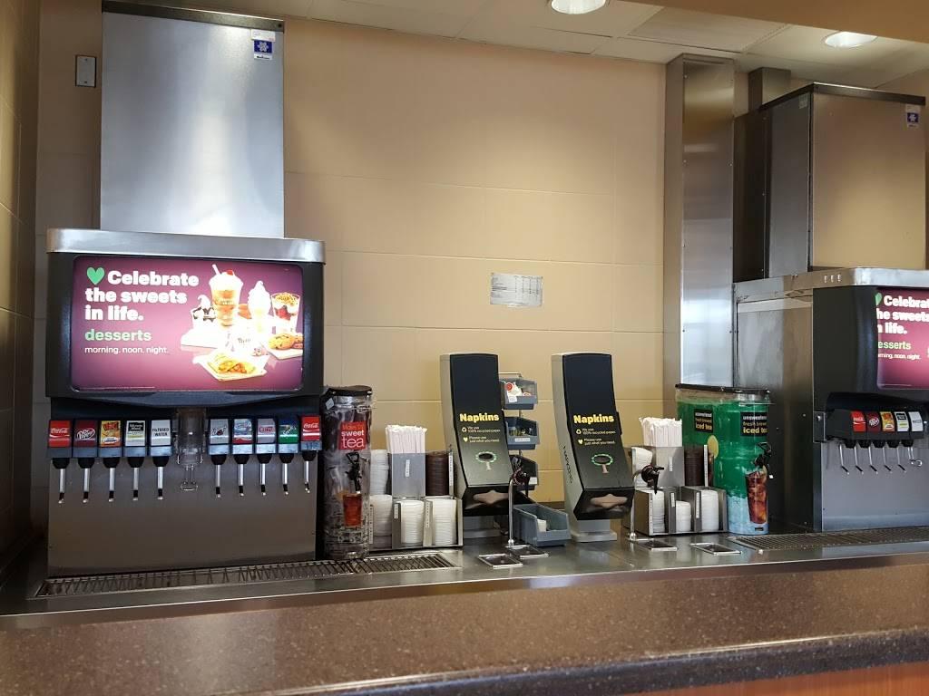 McDonalds | cafe | 38667 Sussex Hwy, Delmar, DE 19940, USA | 3028460105 OR +1 302-846-0105