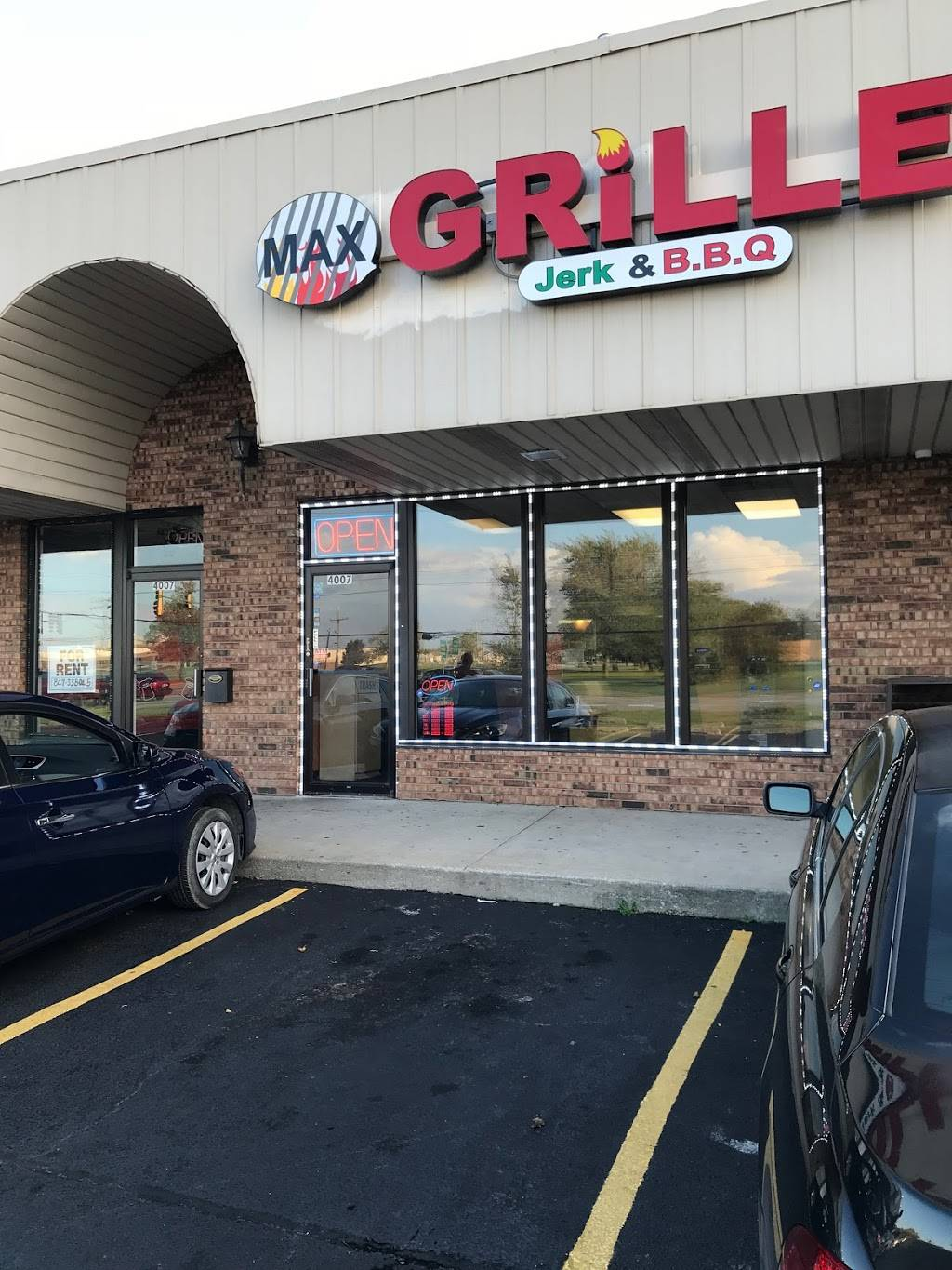 Max Grille Seafood & Chicken | restaurant | 4007 175th St, Country Club Hills, IL 60478, USA | 7089229002 OR +1 708-922-9002