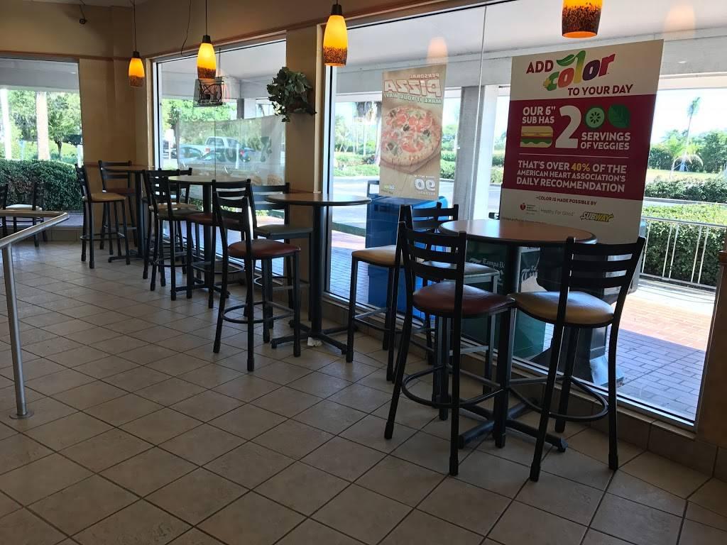Subway Restaurants | restaurant | Shoppers Village, 5901 Sun Blvd Suite 111, St. Petersburg, FL 33715, USA | 7279060319 OR +1 727-906-0319