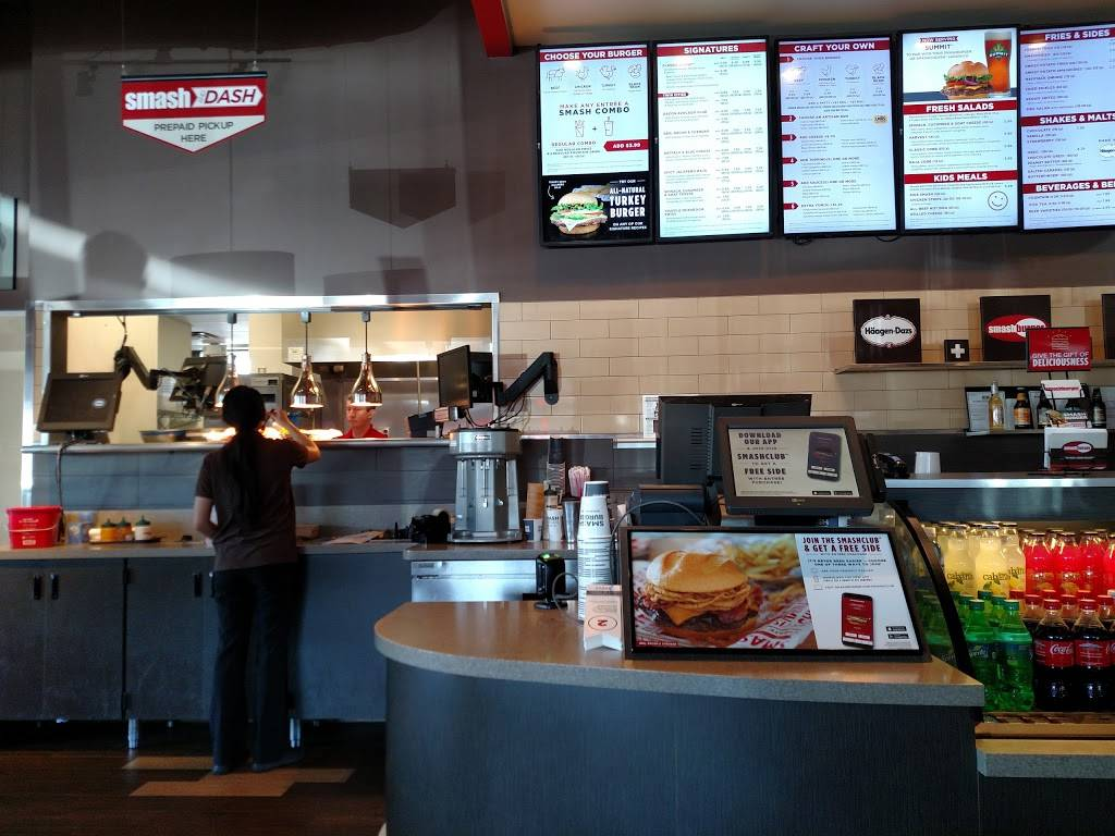 Smashburger | restaurant | 7394 153rd St W Suite 100, Apple Valley, MN 55124, USA | 9529554940 OR +1 952-955-4940