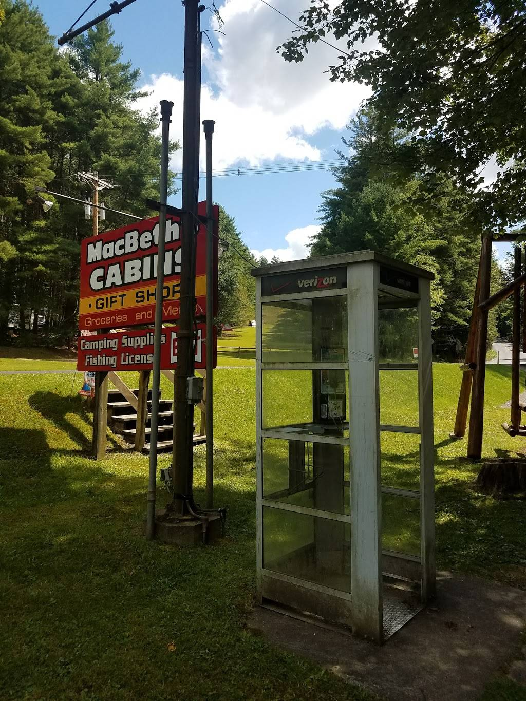 MacBeths Cabins and Country Store | meal takeaway | 15361 PA-36, Cooksburg, PA 16217, USA | 8003316319 OR +1 800-331-6319