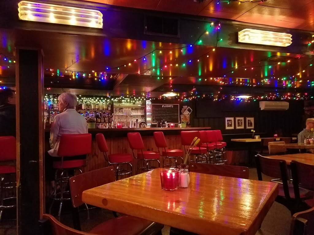 Greenbush Bar | restaurant | 914 Regent St, Madison, WI 53715, USA | 6082572874 OR +1 608-257-2874