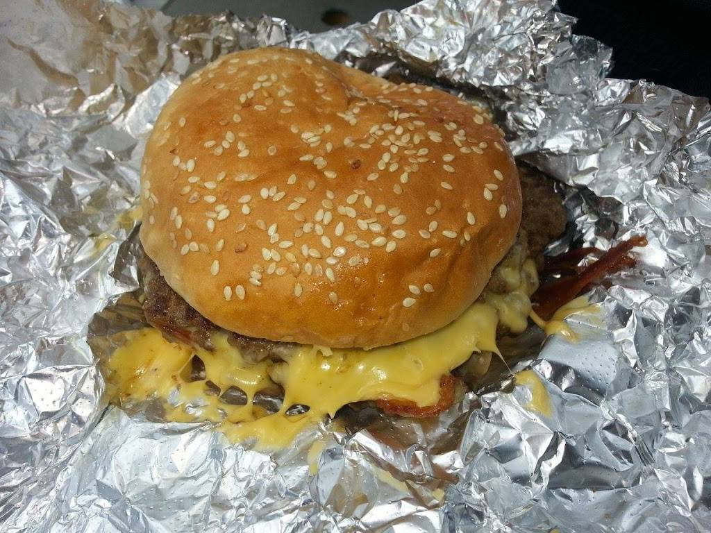 Five Guys | meal takeaway | 2689 Gulf to Bay Blvd, Clearwater, FL 33764, USA | 7277260100 OR +1 727-726-0100