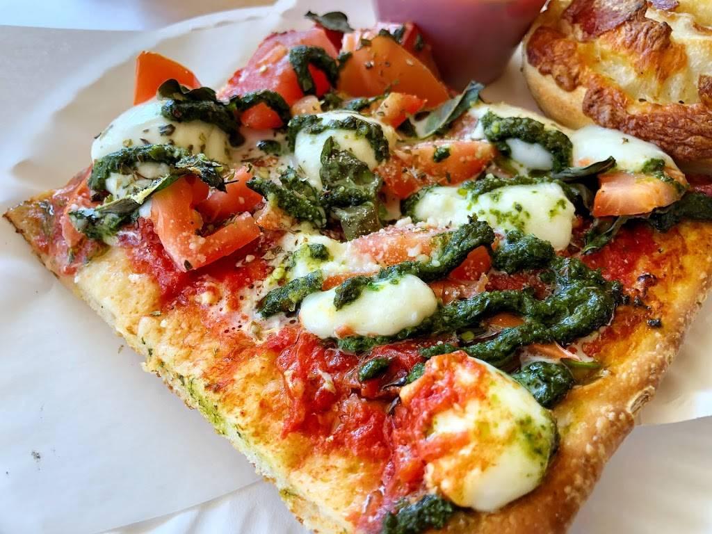 Pizza Mia   restaurant   176 Windsor Hwy # 600, New Windsor, NY 12553, USA   8455639100 OR +1 845-563-9100