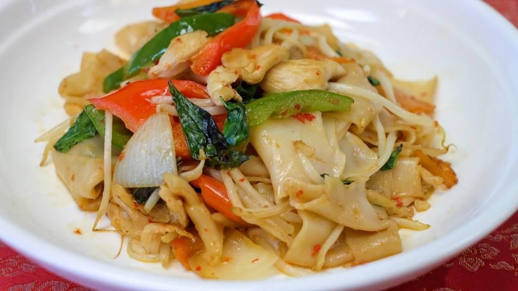Khao San Thai Kitchen Restaurant 1255 N Davis Rd Salinas Ca 93907 Usa