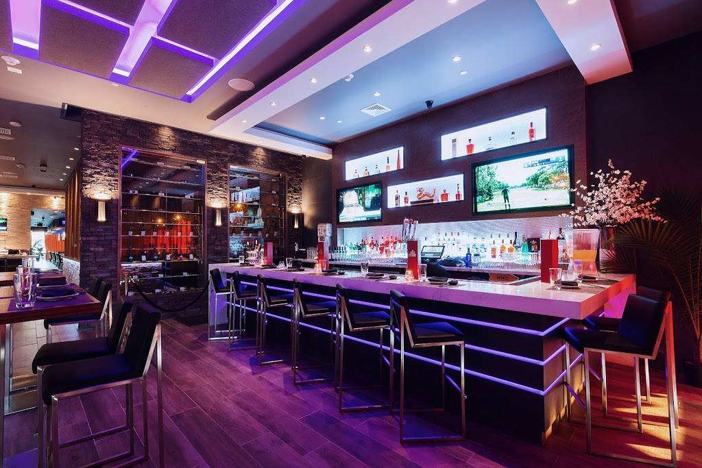 Miko Sushi & Hibachi | restaurant | 379 S Oyster Bay Rd, Plainview, NY 11803, USA | 5167195900 OR +1 516-719-5900
