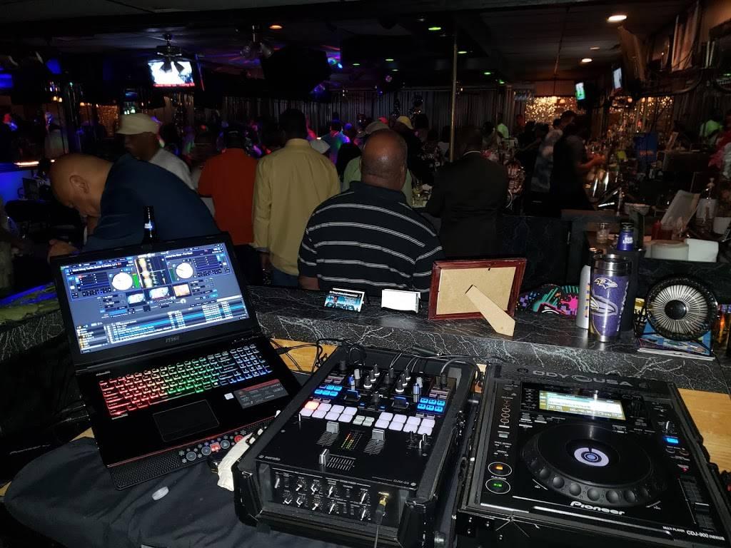 Tropical Delights | night club | 6220 Indian River Rd # C, Virginia Beach, VA 23464, USA | 7573669855 OR +1 757-366-9855