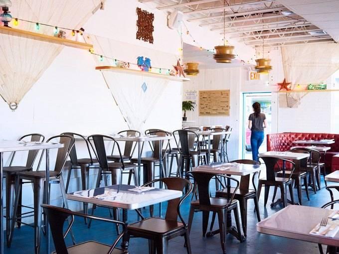 Cape House | restaurant | 2 Knickerbocker Ave, Brooklyn, NY 11237, USA | 7188212580 OR +1 718-821-2580