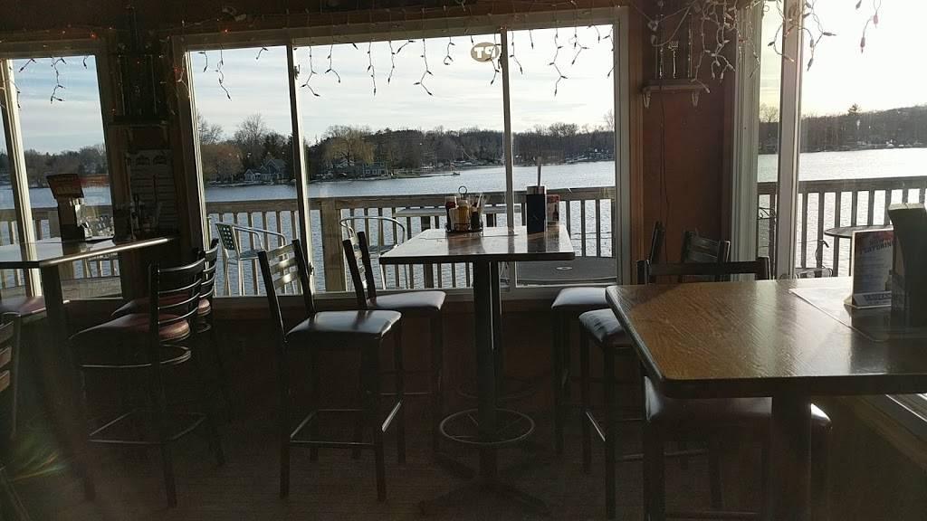 Boat Bar | restaurant | 2000 S Ortonville Rd, Ortonville, MI 48462, USA | 2486274419 OR +1 248-627-4419