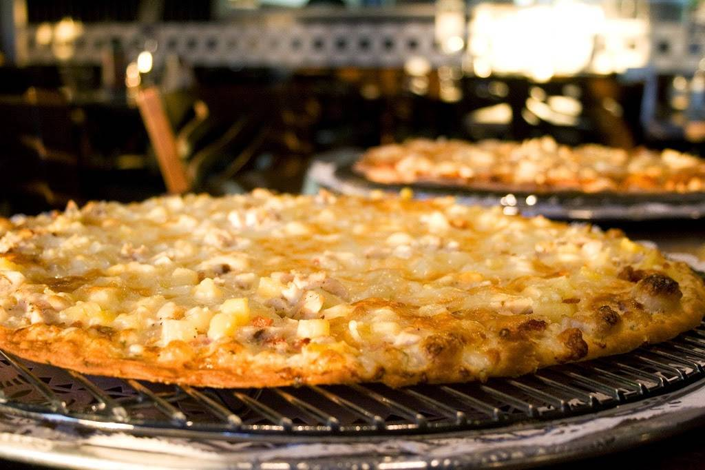 House of Pizza | meal delivery | 1733 Pine Cone Rd S #200, Sartell, MN 56377, USA | 3202589300 OR +1 320-258-9300