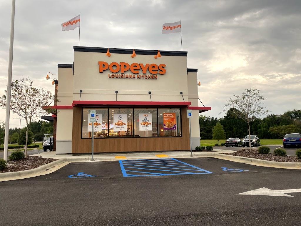 Popeyes Louisiana Kitchen | restaurant | 9036 Eastchase Pkwy, Montgomery, AL 36117, USA | 3345930088 OR +1 334-593-0088