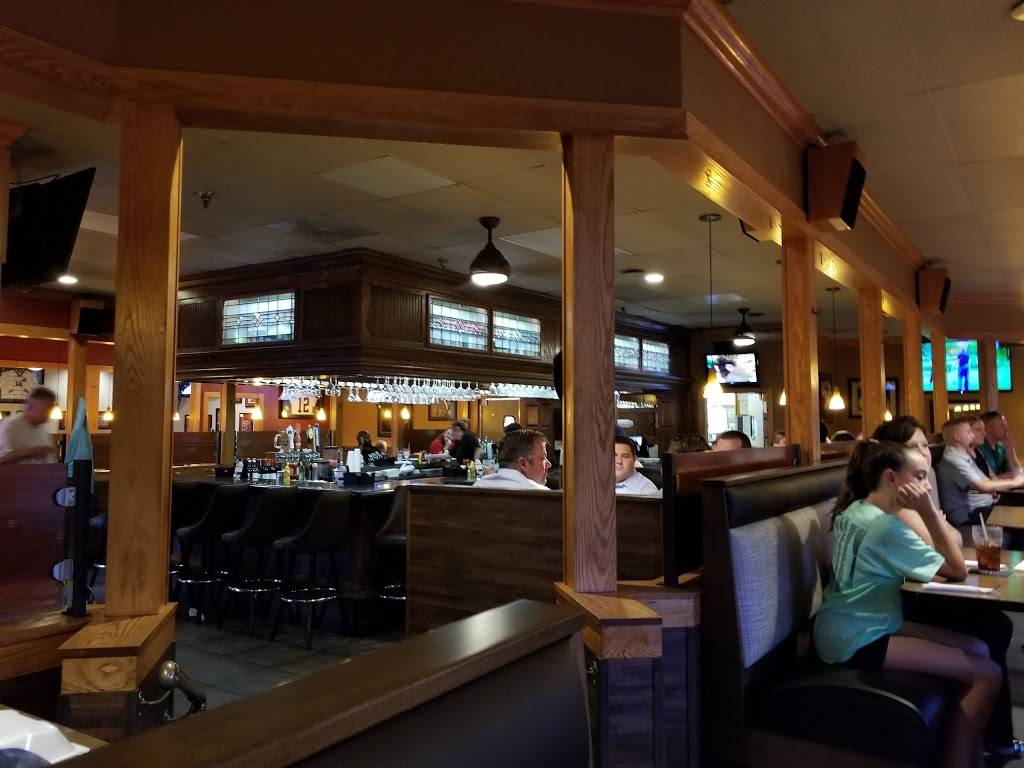 Doubledays Grill & Tavern | restaurant | 199 E Alex Bell Rd, Centerville, OH 45459, USA | 9374364666 OR +1 937-436-4666