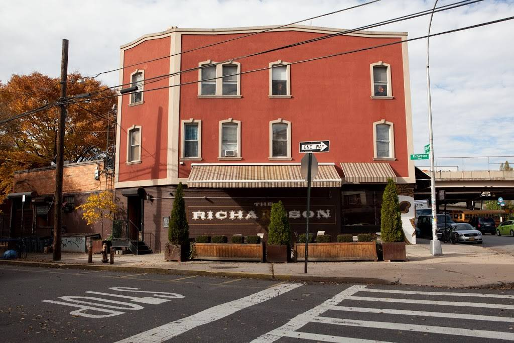 The Richardson | restaurant | 451 Graham Ave, Brooklyn, NY 11222, USA | 7183890839 OR +1 718-389-0839