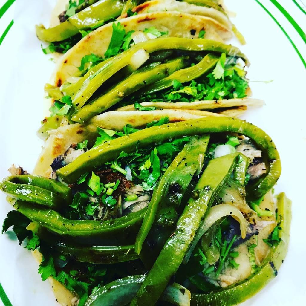 Tacos El Chavo | restaurant | 8 E 183rd St, Bronx, NY 10453, USA | 3478620200 OR +1 347-862-0200