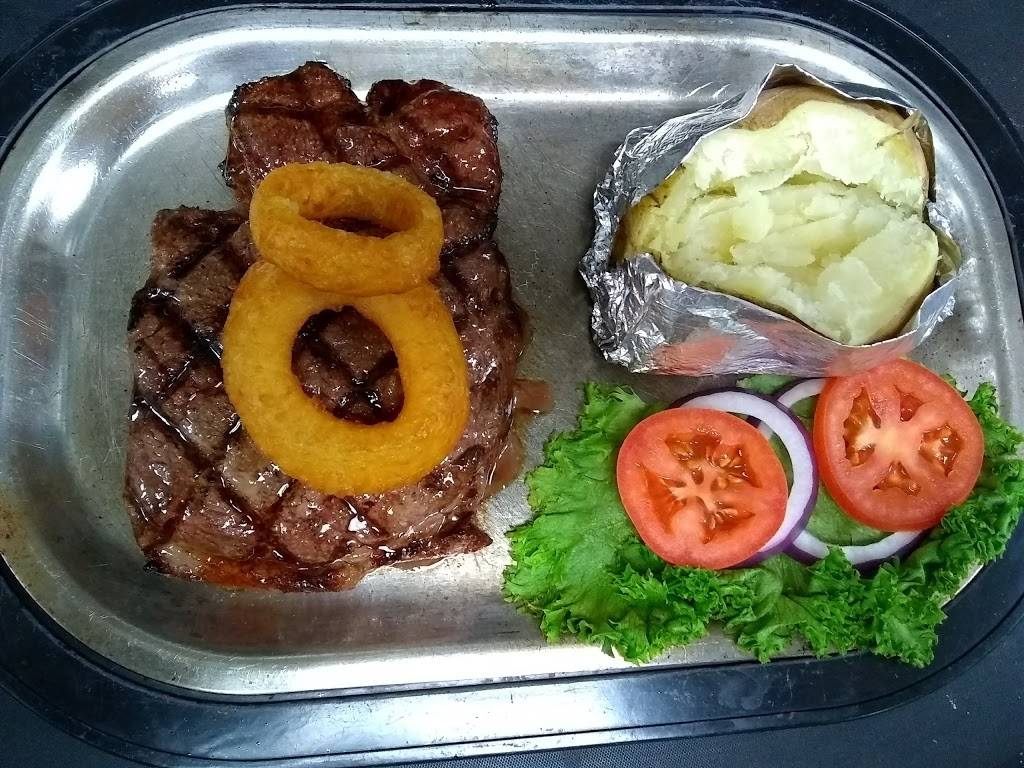 Bridges Restaurant, Lounge and Banquet Center | restaurant | 201 Christensen Dr, Darlington, WI 53530, USA | 6087762450 OR +1 608-776-2450