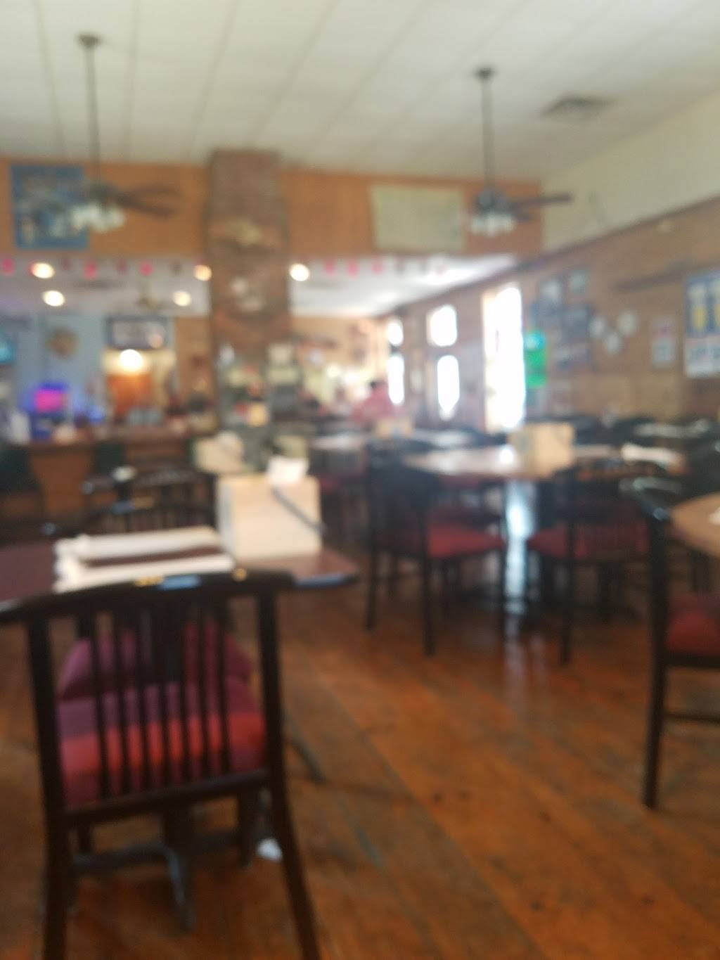 New Windsor Depot   restaurant   110 S 5th Ave, Windsor, IL 61465, USA   3096672801 OR +1 309-667-2801