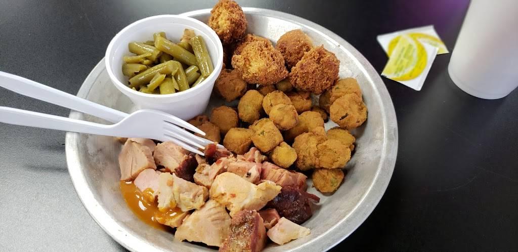 Carolina Barbecue   restaurant   7119-A Lone Oak Rd, Spartanburg, SC 29303, USA   8645030542 OR +1 864-503-0542