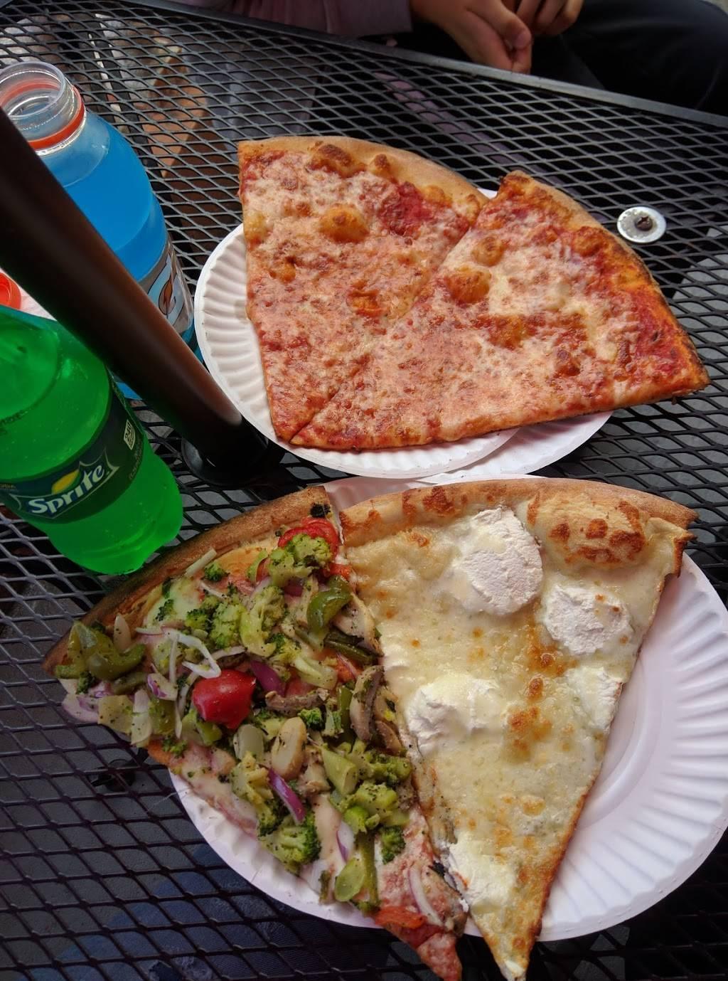 Rockys & Nickys Pizzeria II | restaurant | 6824 Colonial Rd #1, Brooklyn, NY 11220, USA | 7187451999 OR +1 718-745-1999