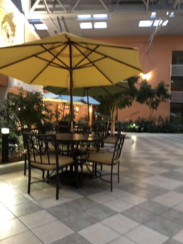 Orange Lake Resort, Breezes Restaurant