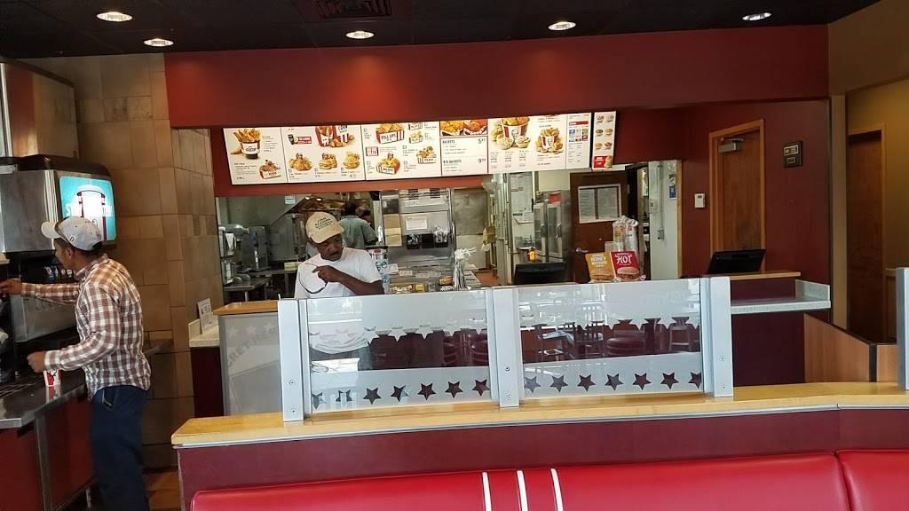 KFC - Restaurant | 826 S Main St, Kernersville, NC 27284, USA