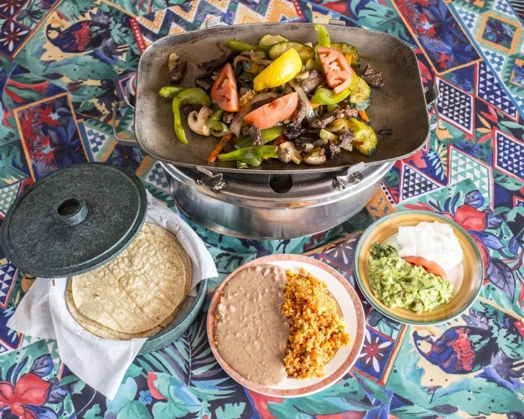 Las Palmas Restaurant | restaurant | 311 W Ogden Avenue, Westmont, IL 60559, USA | 6309639999 OR +1 630-963-9999