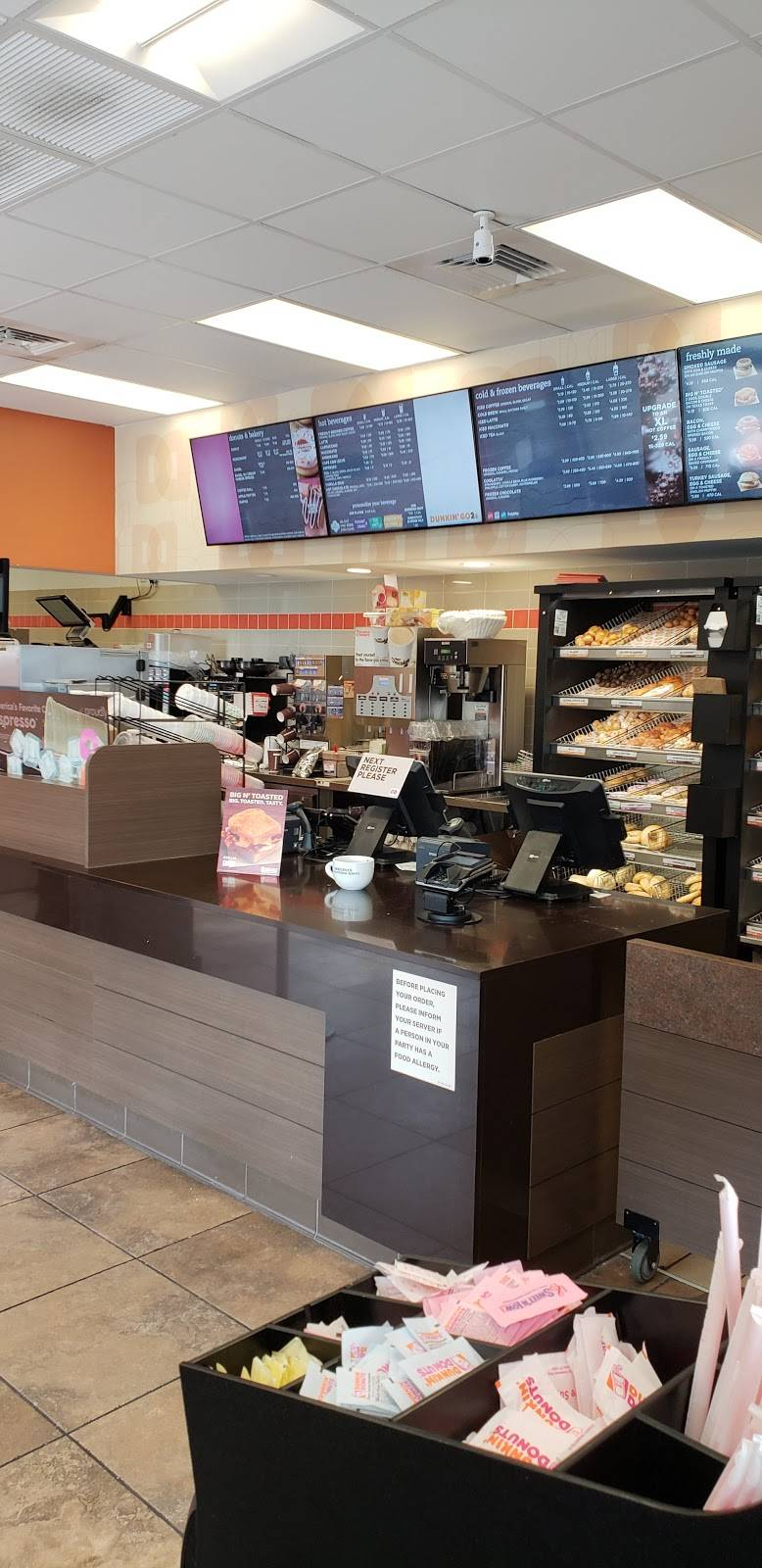 Dunkin Donuts | cafe | 2698 Roosevelt Blvd Speedway, Clearwater, FL 33760, USA | 7275350265 OR +1 727-535-0265