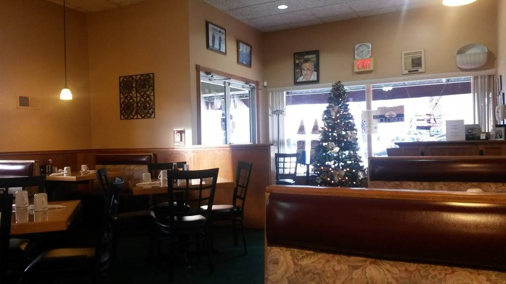 Rose Garden Family Restaurant | restaurant | 199 S State St, Hampshire, IL 60140, USA | 8476837336 OR +1 847-683-7336