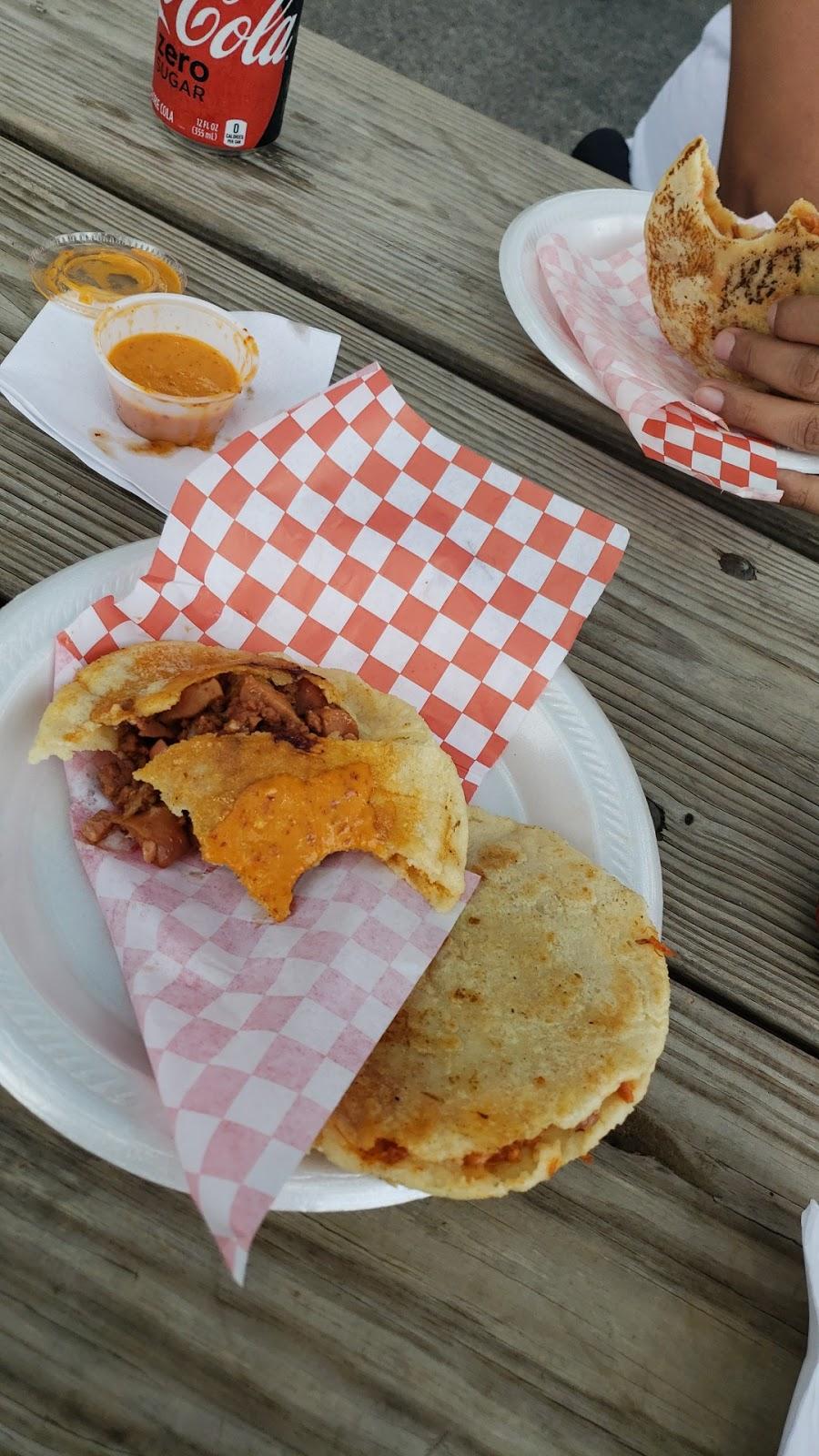 Gorditas La Laguna | restaurant | 901 N Loop 1604 W, San Antonio, TX 78232, USA