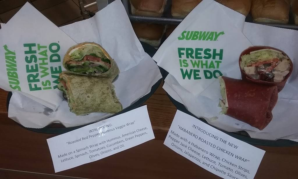 Subway | restaurant | 5710 W Plank Rd, Bellevue, IL 61604, USA | 3096340131 OR +1 309-634-0131
