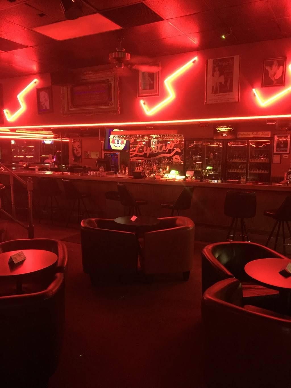 Lipstix   night club   1501 N 16th St, Council Bluffs, IA 51501, USA   7123224510 OR +1 712-322-4510