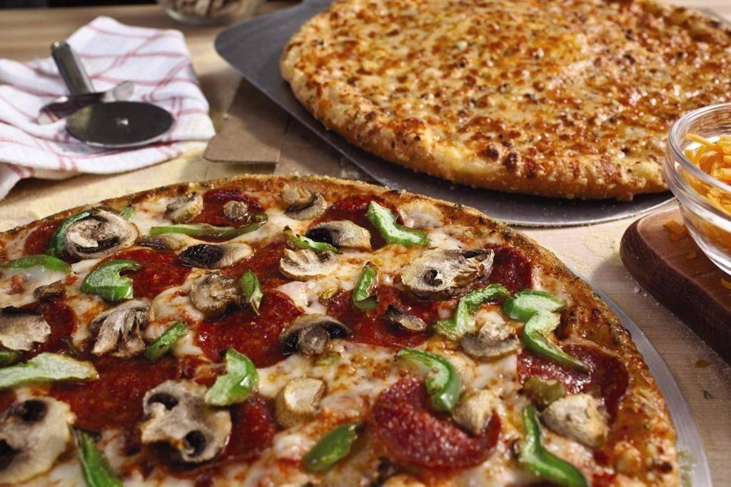 Dominos Pizza   meal delivery   11 E Jackson St, Morton, IL 61550, USA   3092667777 OR +1 309-266-7777