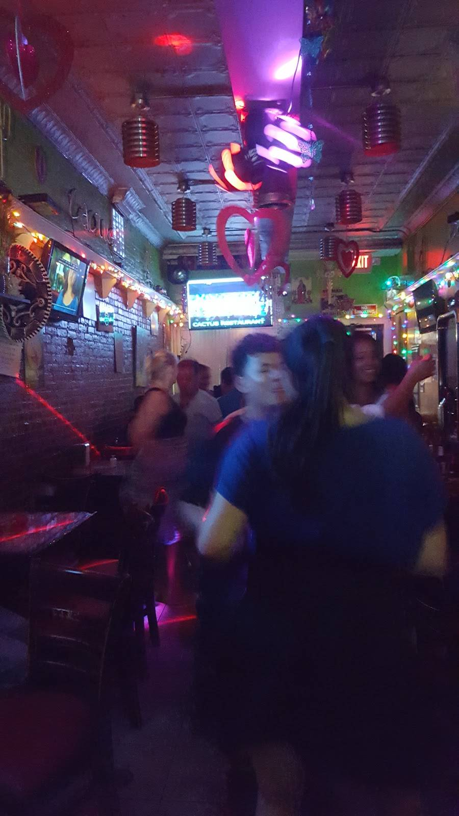 Cactus Bar/Restaurant | restaurant | 426 32nd St, Union City, NJ 07087, USA | 2012238527 OR +1 201-223-8527
