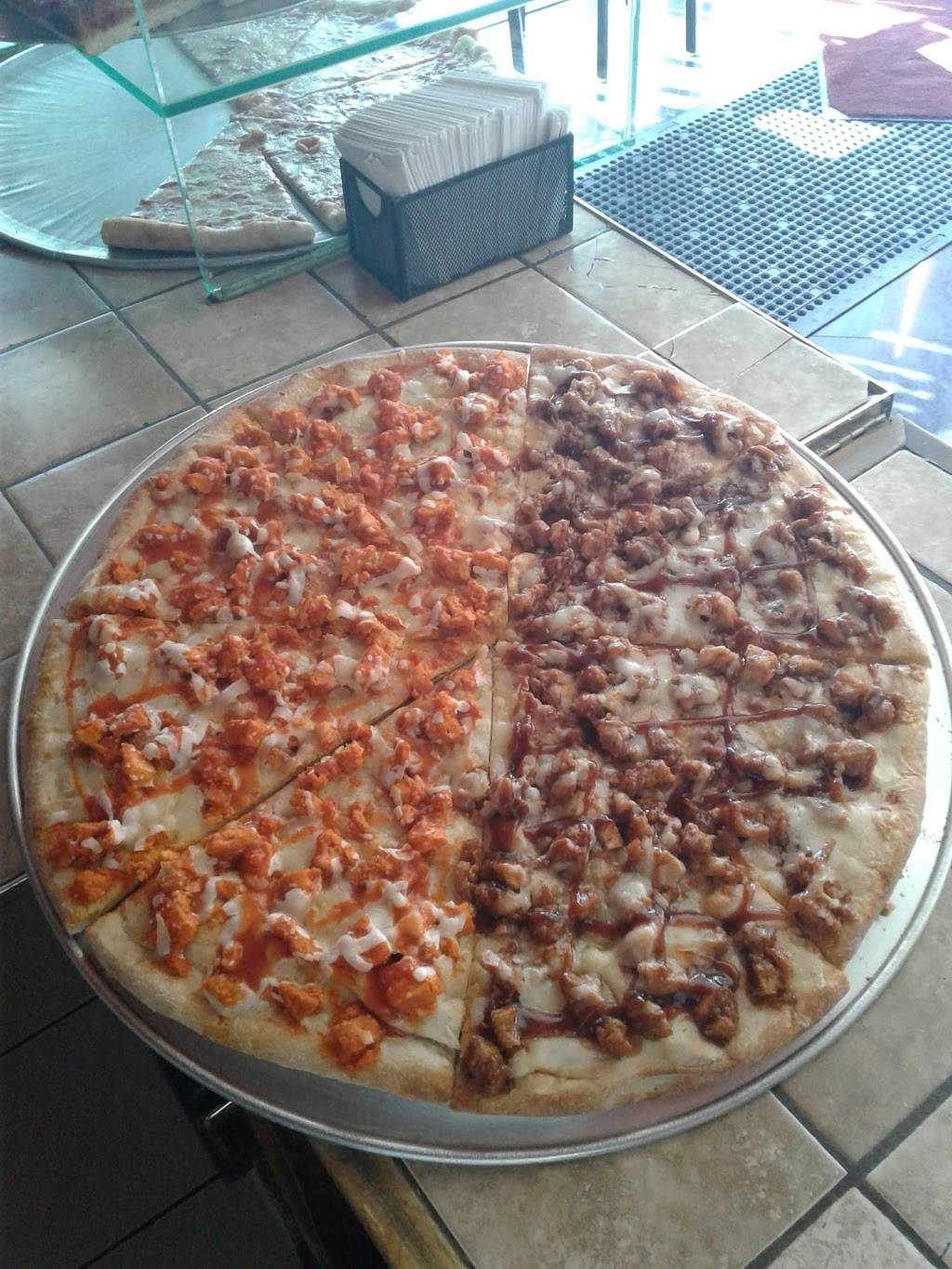 Roma Pizza and Pasta | meal delivery | 10-01 36th Ave, Astoria, NY 11106, USA | 7186266300 OR +1 718-626-6300