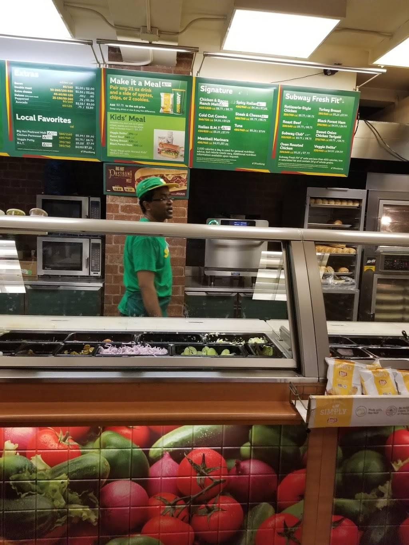 Subway Restaurants   restaurant   455 W 34th St, New York, NY 10001, USA   2129671738 OR +1 212-967-1738