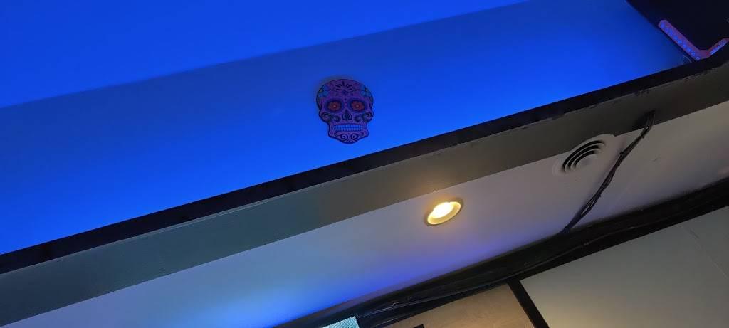 Centro Taco Bar | restaurant | 201 N Main St, Blacksburg, VA 24060, USA | 5407393376 OR +1 540-739-3376