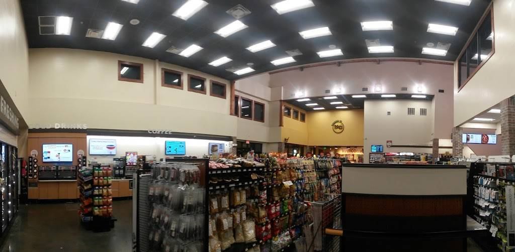 Pilot Travel Center | restaurant | 1920 E Denman Ave, Lufkin, TX 75901, USA | 9368997101 OR +1 936-899-7101