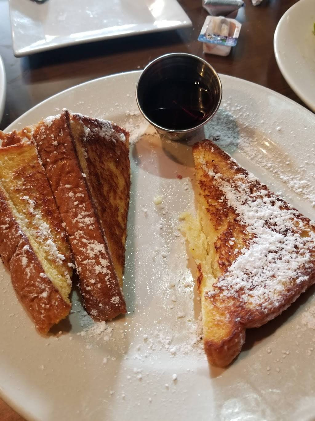 Daisys Grill | restaurant | 200 Old River Rd, Edgewater, NJ 07020, USA | 2019411567 OR +1 201-941-1567