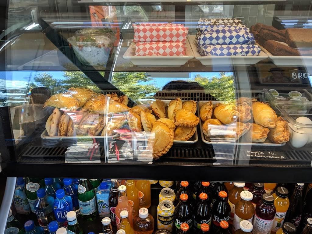 Moomies Cafe y Empanadas   restaurant   1366 Powell St, Emeryville, CA 94608, USA   5108087486 OR +1 510-808-7486