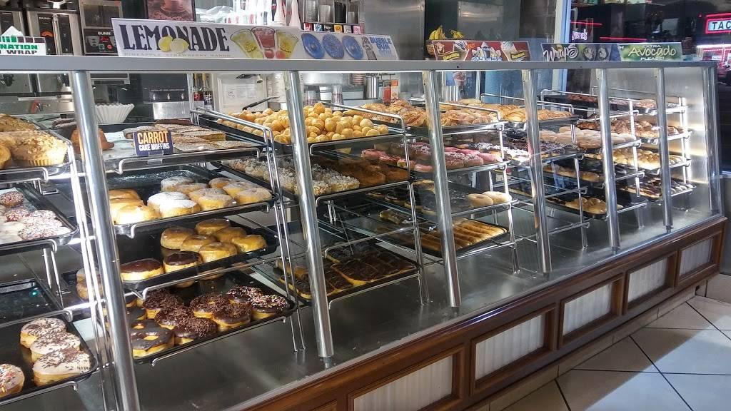 Winchells Donut House | cafe | 1128 S Hacienda Blvd, Hacienda Heights, CA 91745, USA | 6263369611 OR +1 626-336-9611