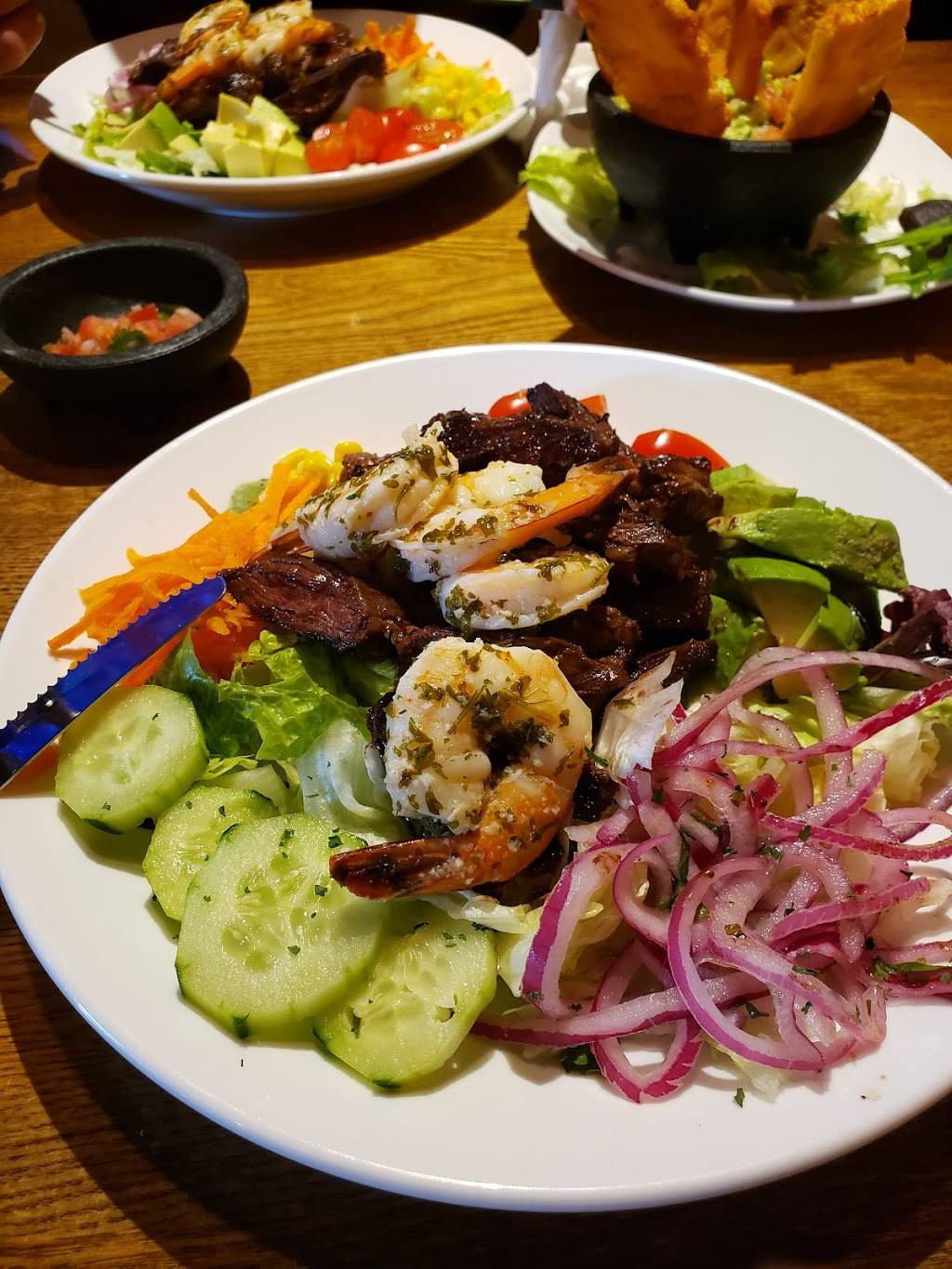 Noches De Colombia South Hackensack | restaurant | 370 US-46, Little Ferry, NJ 07643, USA | 2018807476 OR +1 201-880-7476