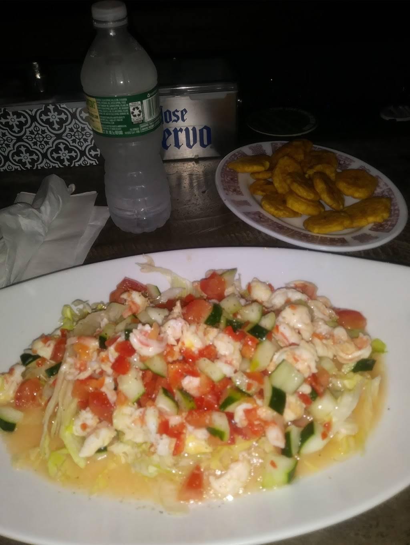 Millys Corner | restaurant | 1129 Longwood Ave, Bronx, NY 10474, USA | 7188934900 OR +1 718-893-4900